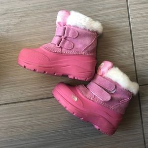 The North Face Girl's Pink Suede Winter Boots sz 7